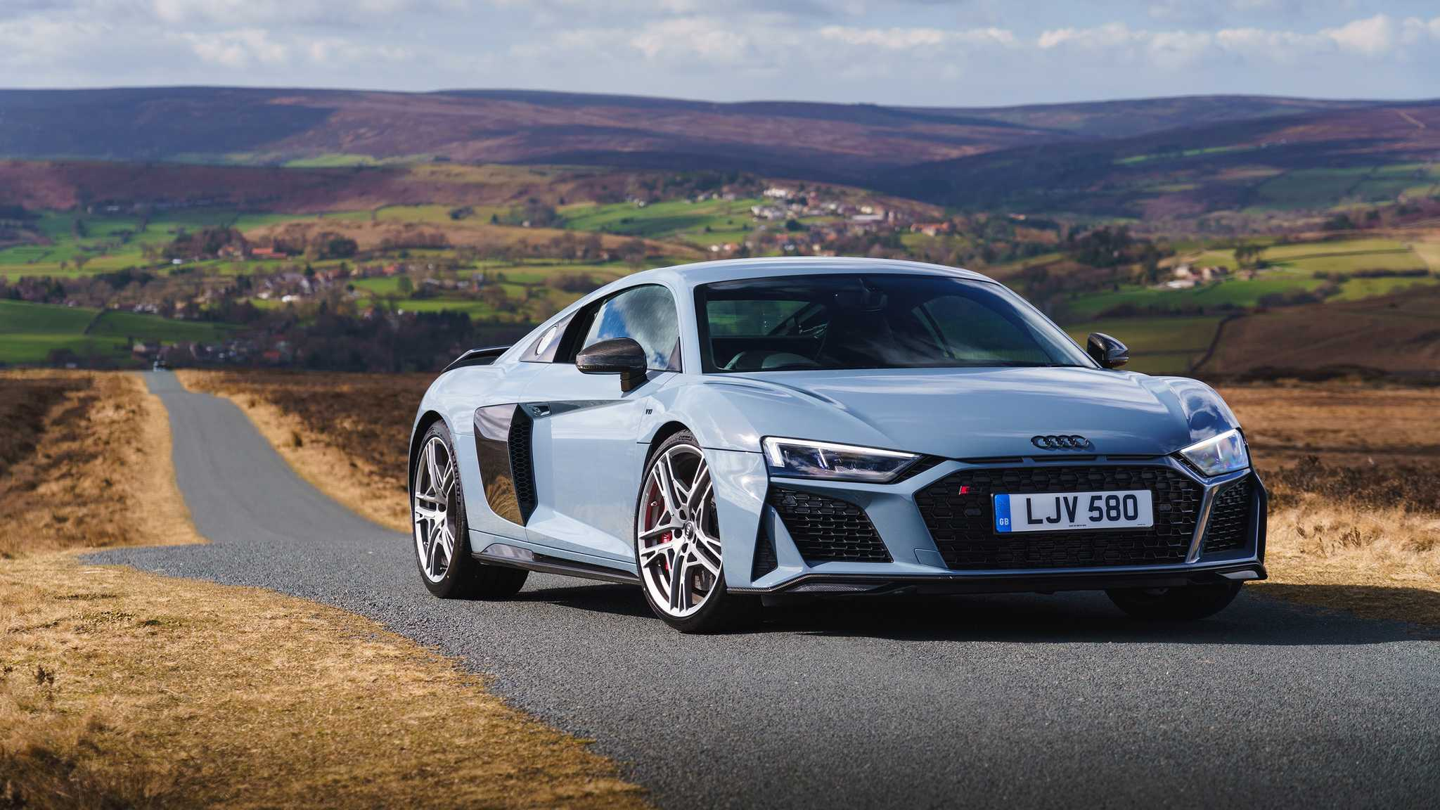 Servicing Prices Rs R8 And Above 6 0 Litres Lookers Audi