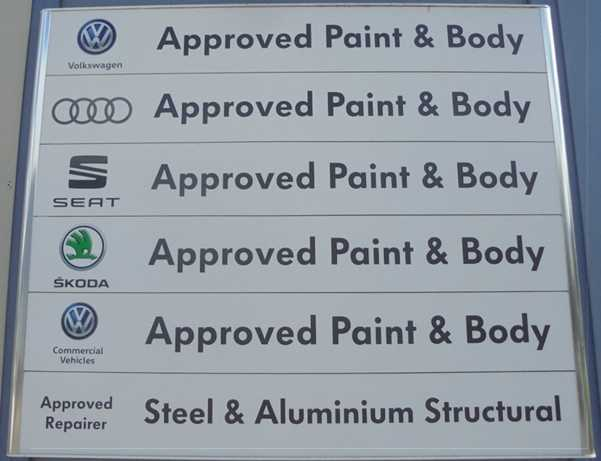 Audi Glasgow repair centre approved sign