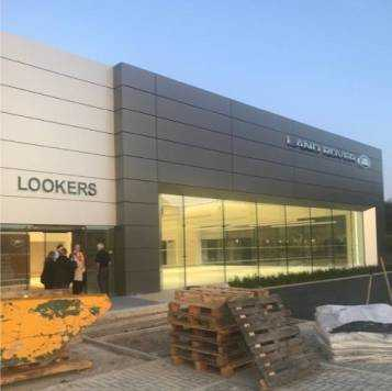 Lookers Land Rover Buckinghamshire ext