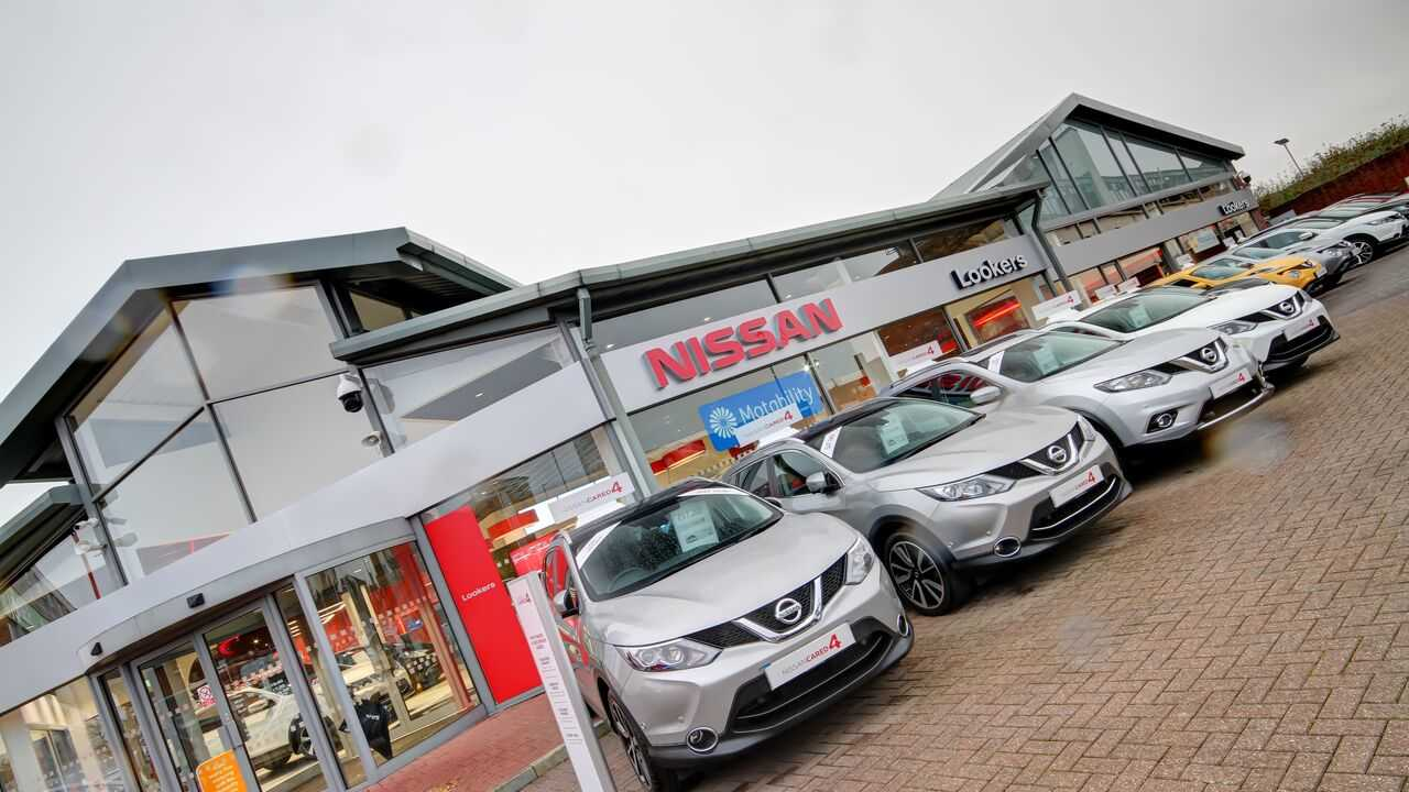 Contact Nissan Leeds | Lookers